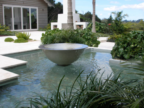 Water feature and garden design by Hawthorn Landscape Architects