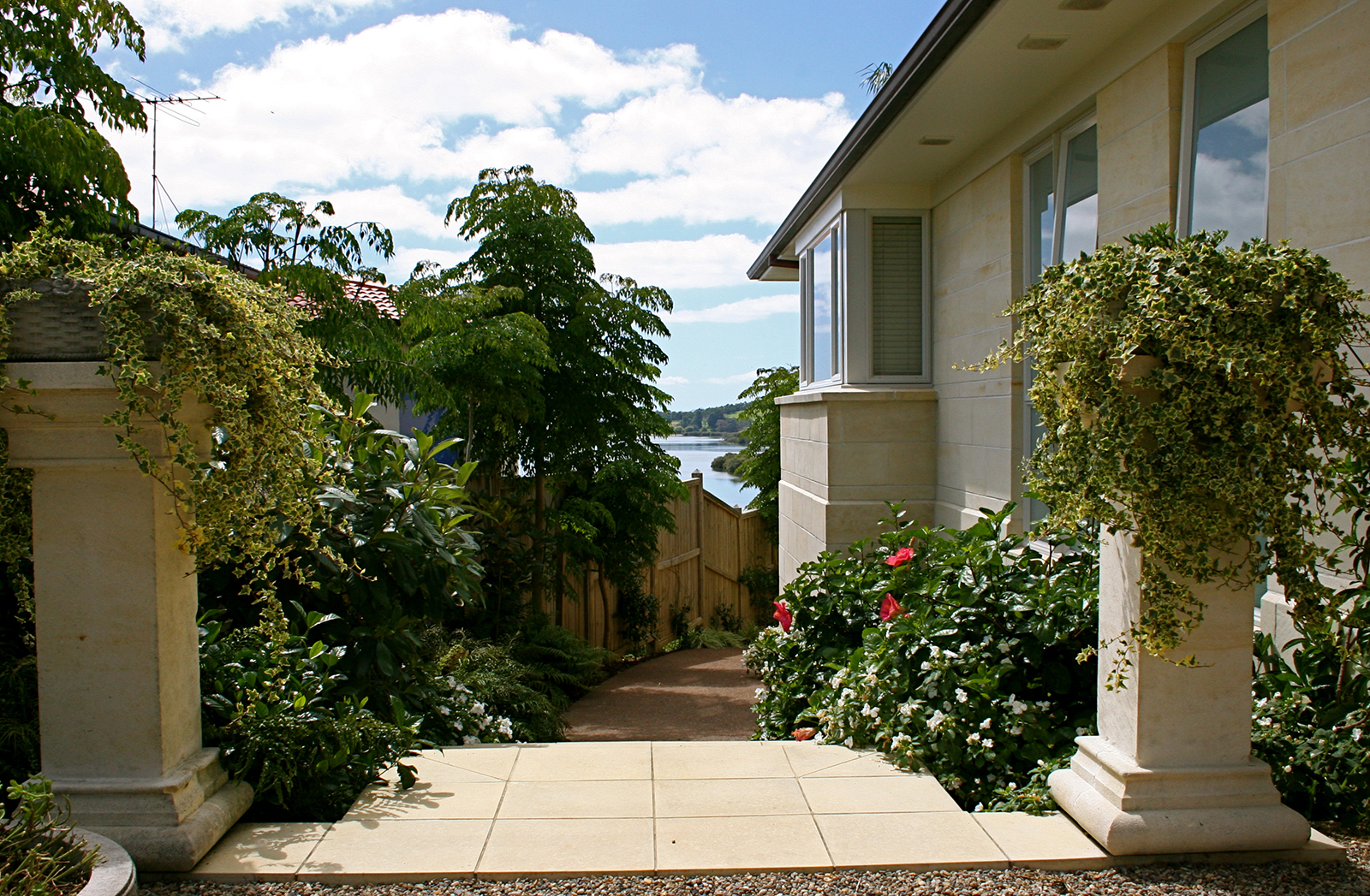 garden renovation by Hawthorn Landscaping
